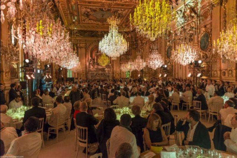 Pompa e circunstância com temperinhos: o Dîner de Grands Chefs que movimentou Lyon em janeiro (Foto: Divulgação)
