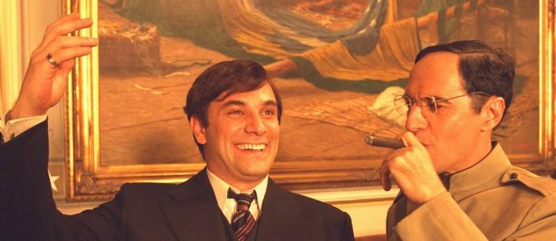 Chatô (Marco Ricca) e Getúlio Vargas (paulo Betti): longa aposta no humor para codificar a relação de poder entre o magnata da mídia e o ditador do Brasil (foto: Divulgação)