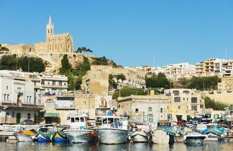 """Malta já recebeu mais de 100 produções cinematográfica desde 1925. A partir da década 1970, o negócio das locações se tornou vital para a economia do arquipélago. Filmes como """"O expresso da meia-noite"""" (1978), """"Gladiador"""" (2000), """"Tróia"""" (2004), """"O código Da Vinci"""" (2006) e trechos da série de TV """"Game of Thrones"""" divulgaram ainda mais seus atrativos (Foto: Divulgação)"""