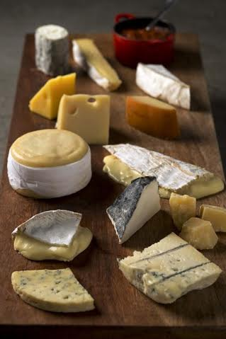 Formidalbe Bistrot_Tábua de queijos_crédito Alexander Landau