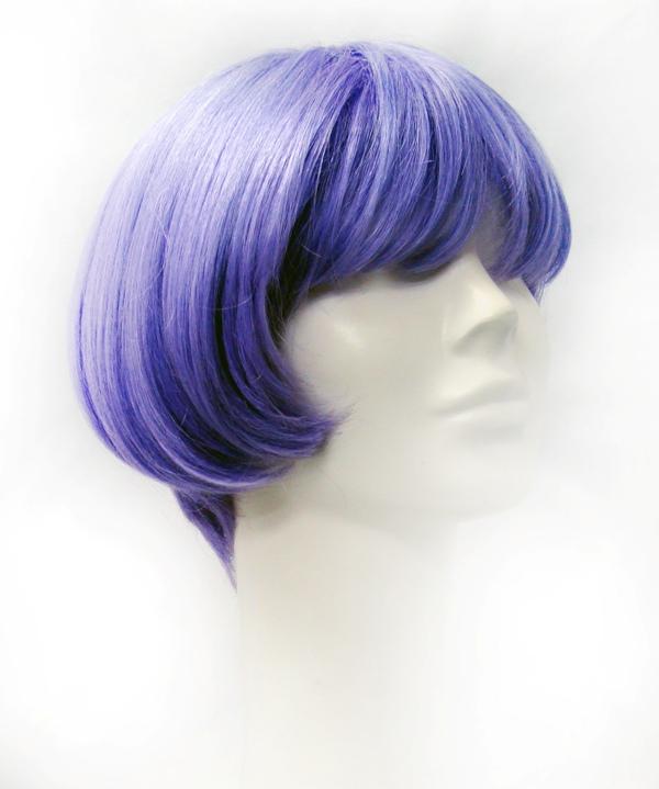 Fiszpan - peruca curta lilás R$550