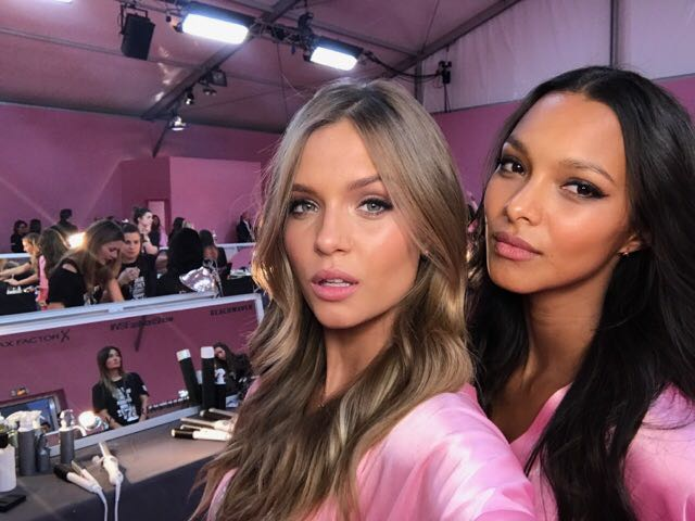 victorias-scret-fashion-show-2016-paris-lais-ribeiro